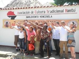 Bua keti ba nsi. Bua buneeennn!!! (Un autre monde est possible!!!) Barlovento au venezuela a dit OK (mai 2012)
