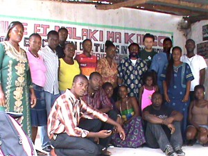 1er Centre Culturel MALAKI MA KONGO en Amérique à Port au Prince Haiti  créé en 2002 par Hougan Elien Isac (Samba EL)