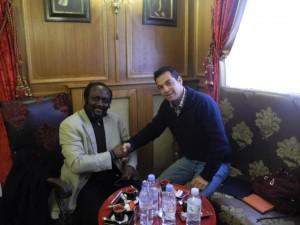 Rencontre à Paris de Masengo m Mbongolo & ralph Alpiza pour la promotion des Racines d'une Afrique profonde et éternelle, en mars 2012.